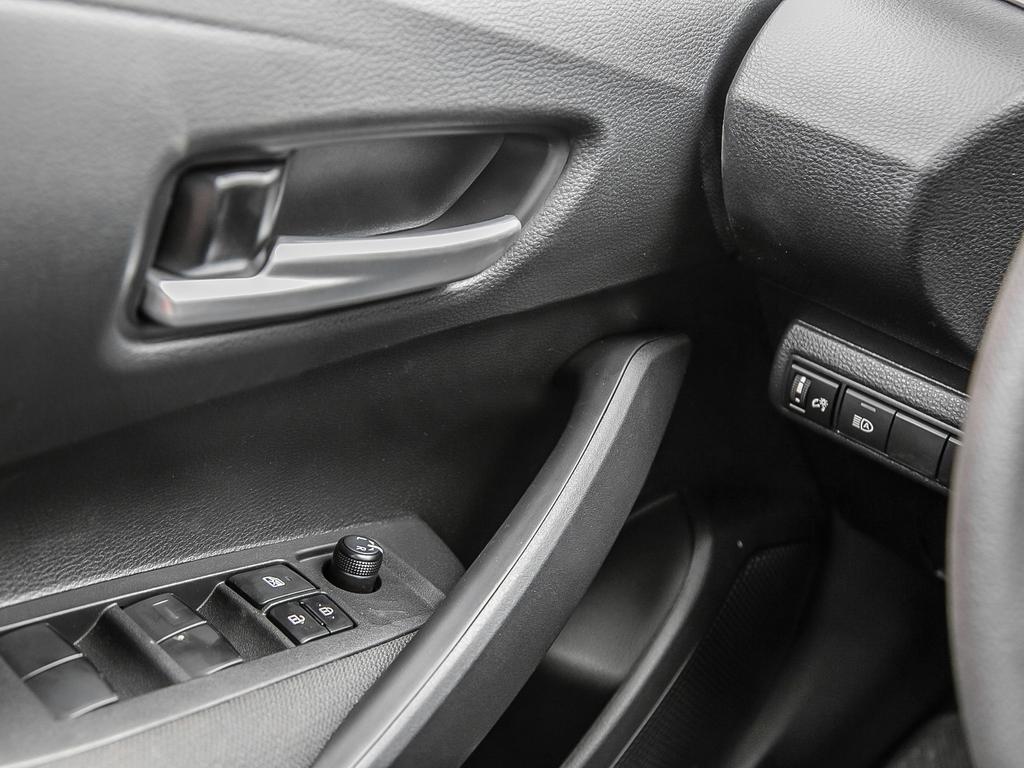 Toyota Corolla 4-door Sedan L CVT 2020 à Verdun, Québec - 16 - w1024h768px