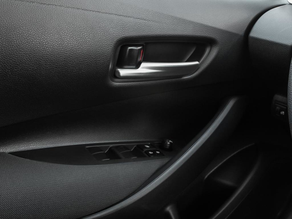 Toyota Corolla 4-door Sedan LE CVT 2020 à Verdun, Québec - 16 - w1024h768px
