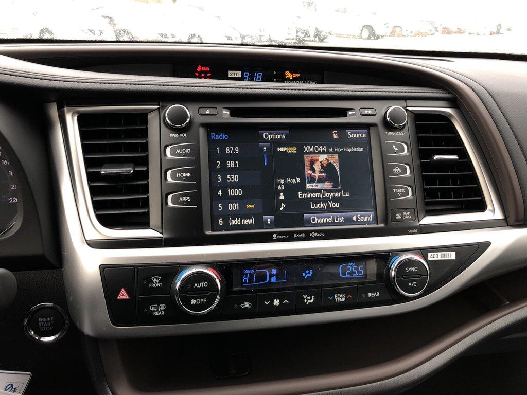2019 Toyota Highlander XLE in Bolton, Ontario - 15 - w1024h768px