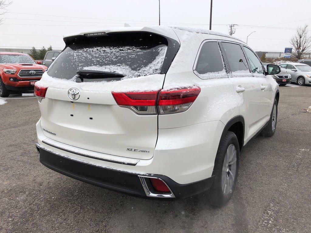 2019 Toyota Highlander XLE in Bolton, Ontario - 5 - w1024h768px
