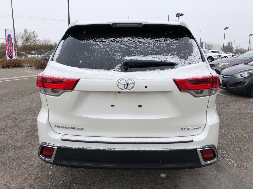 2019 Toyota Highlander XLE in Bolton, Ontario - 6 - w1024h768px