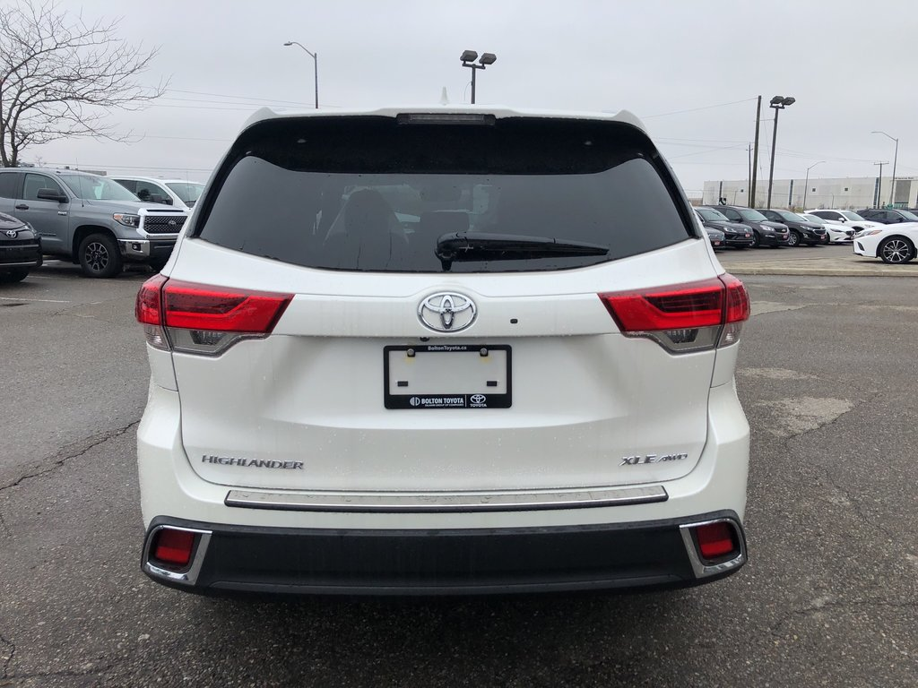 2019 Toyota Highlander XLE in Bolton, Ontario - 7 - w1024h768px