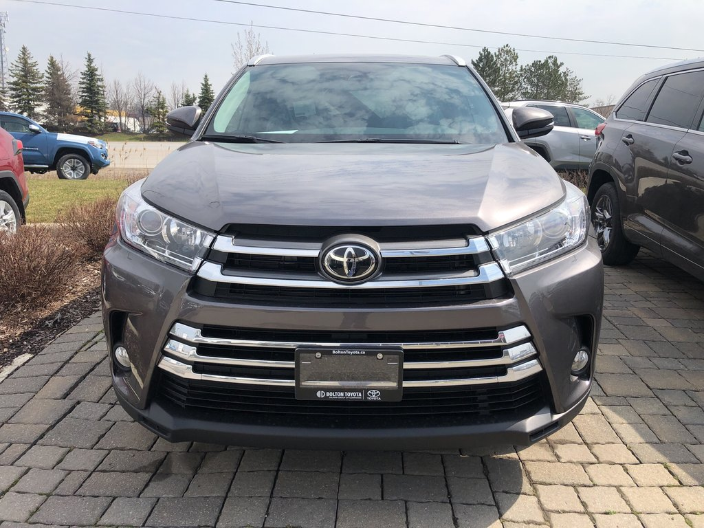 2019 Toyota Highlander XLE in Bolton, Ontario - 2 - w1024h768px