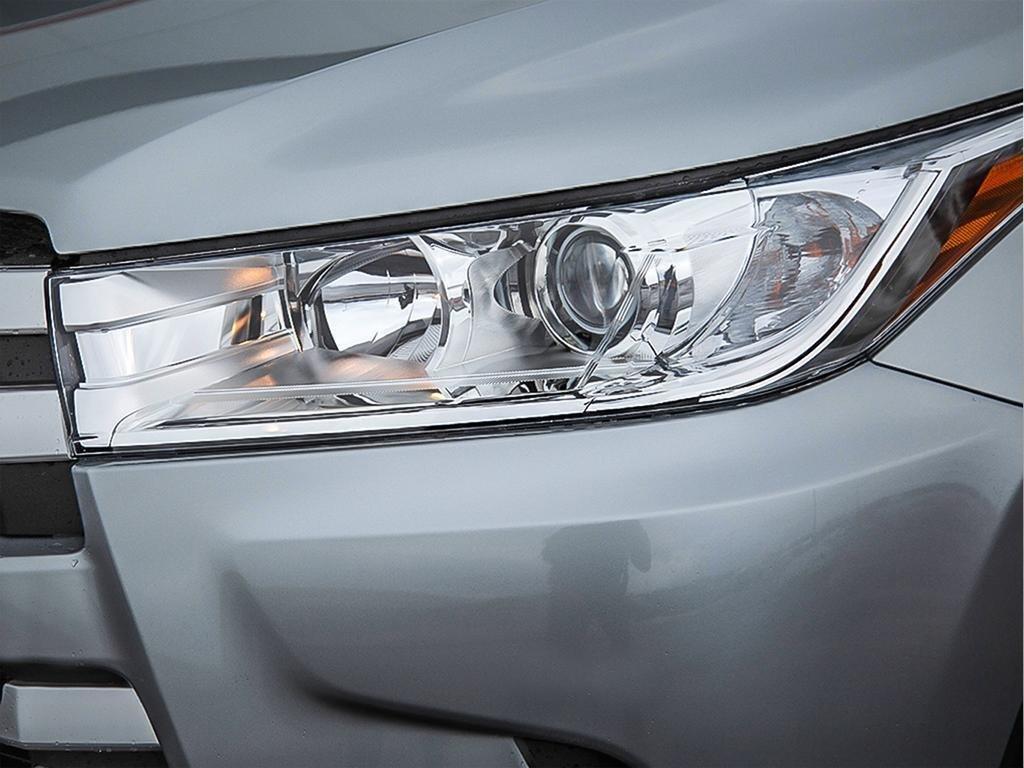 Toyota Highlander LE AWD 2019 à Verdun, Québec - 10 - w1024h768px