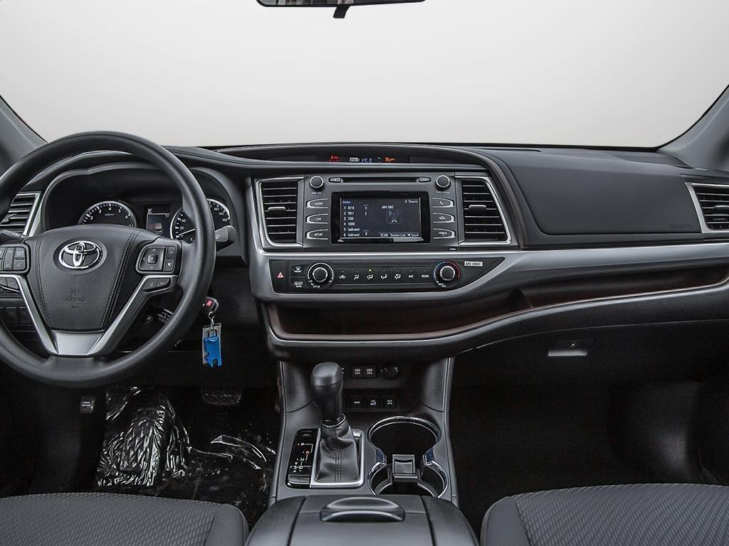 Toyota Highlander LE AWD 2019 à Verdun, Québec - 26 - w1024h768px