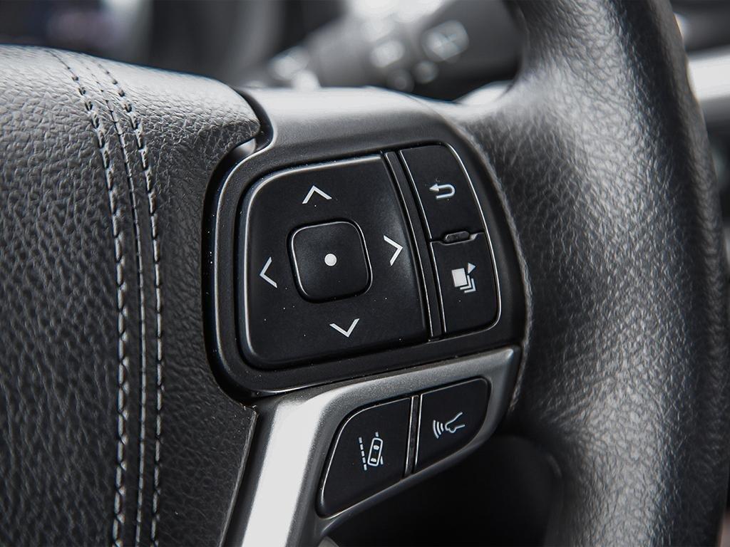 Toyota Highlander LE AWD 2019 à Verdun, Québec - 15 - w1024h768px