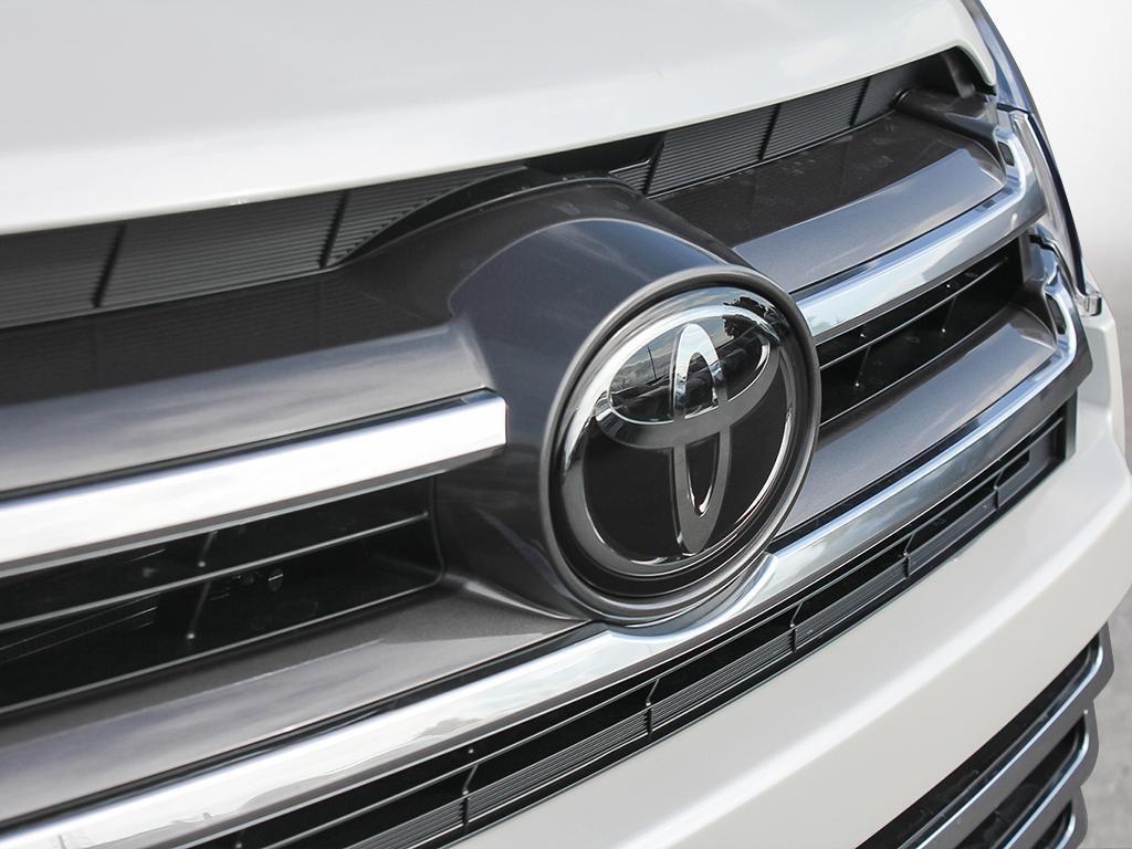 Toyota Highlander Limited AWD 2019 à Verdun, Québec - 8 - w1024h768px