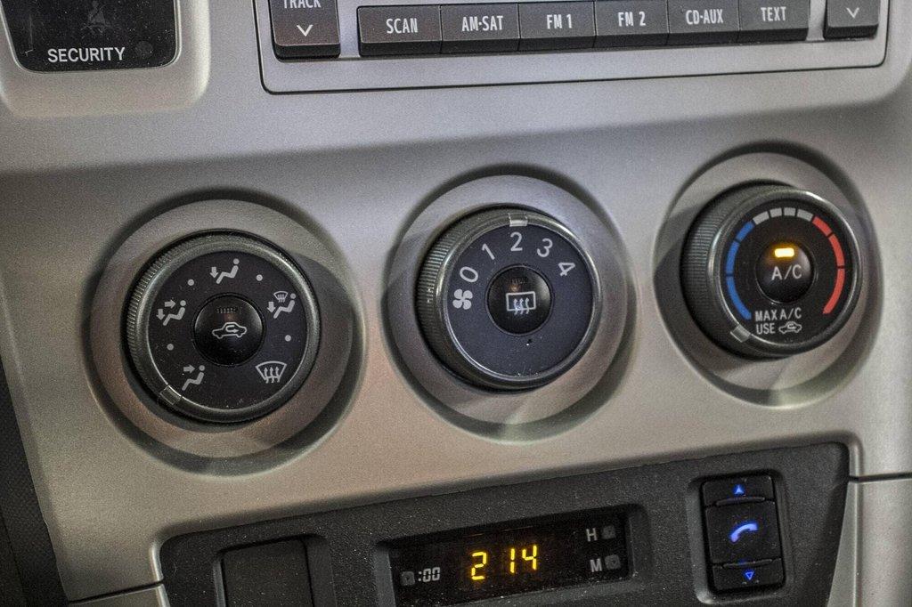 Toyota Matrix A/C / Groupe Électrique / Spacieux / Fiable 2012 à Verdun, Québec - 27 - w1024h768px