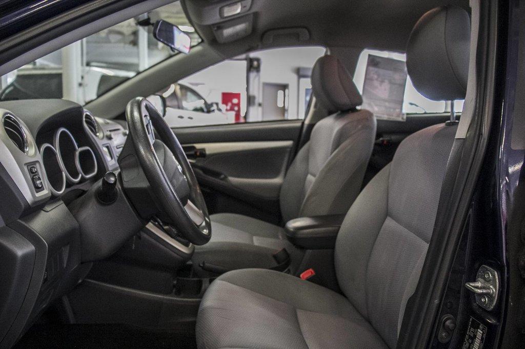 Toyota Matrix A/C / Groupe Électrique / Spacieux / Fiable 2012 à Verdun, Québec - 30 - w1024h768px