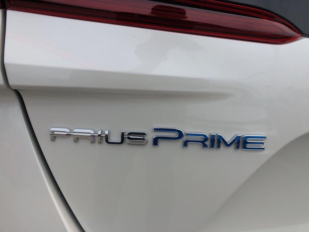 2020 Toyota PRIUS PRIME Upgrade in Bolton, Ontario - 5 - w1024h768px