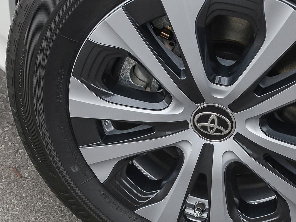 Toyota PRIUS PRIME Upgrade 2020 à Verdun, Québec - 8 - w1024h768px