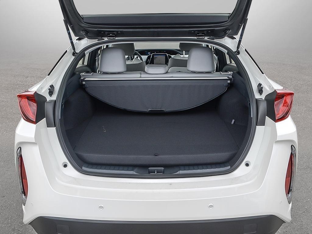 Toyota PRIUS PRIME Upgrade 2020 à Verdun, Québec - 7 - w1024h768px