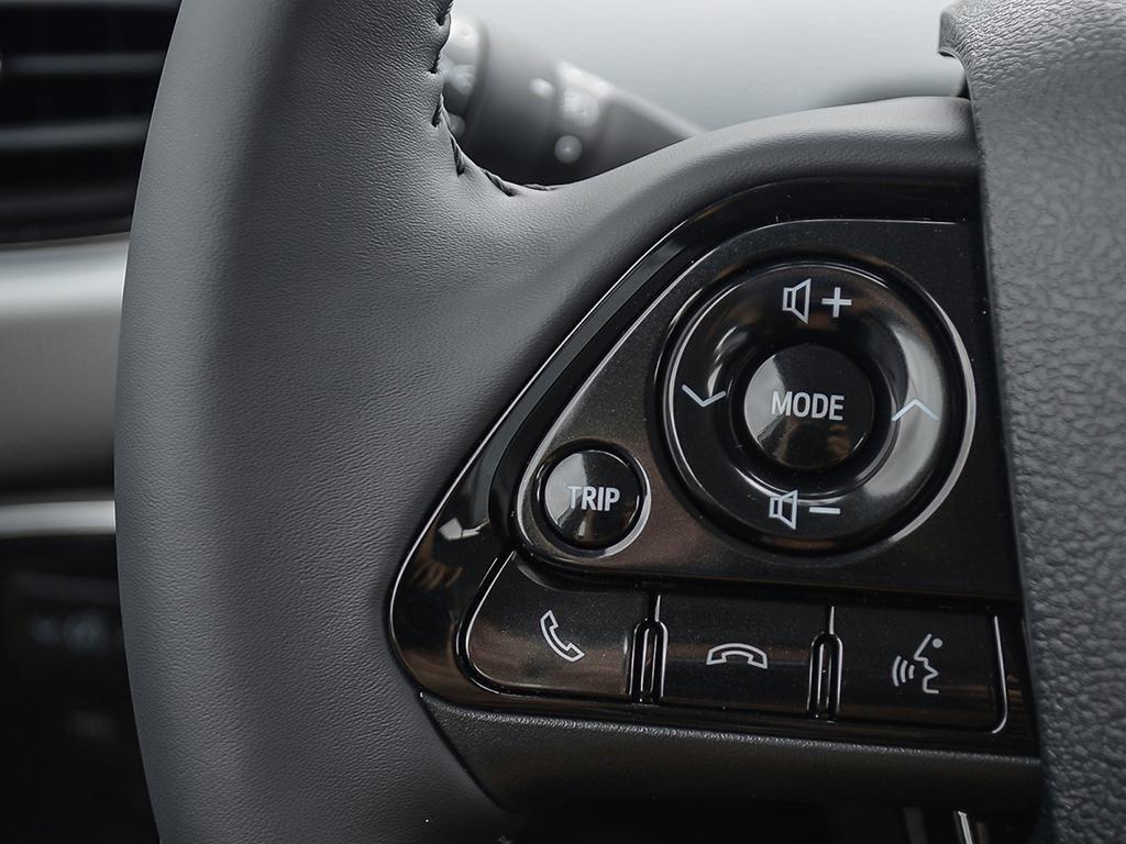 Toyota PRIUS PRIME Upgrade 2020 à Verdun, Québec - 15 - w1024h768px