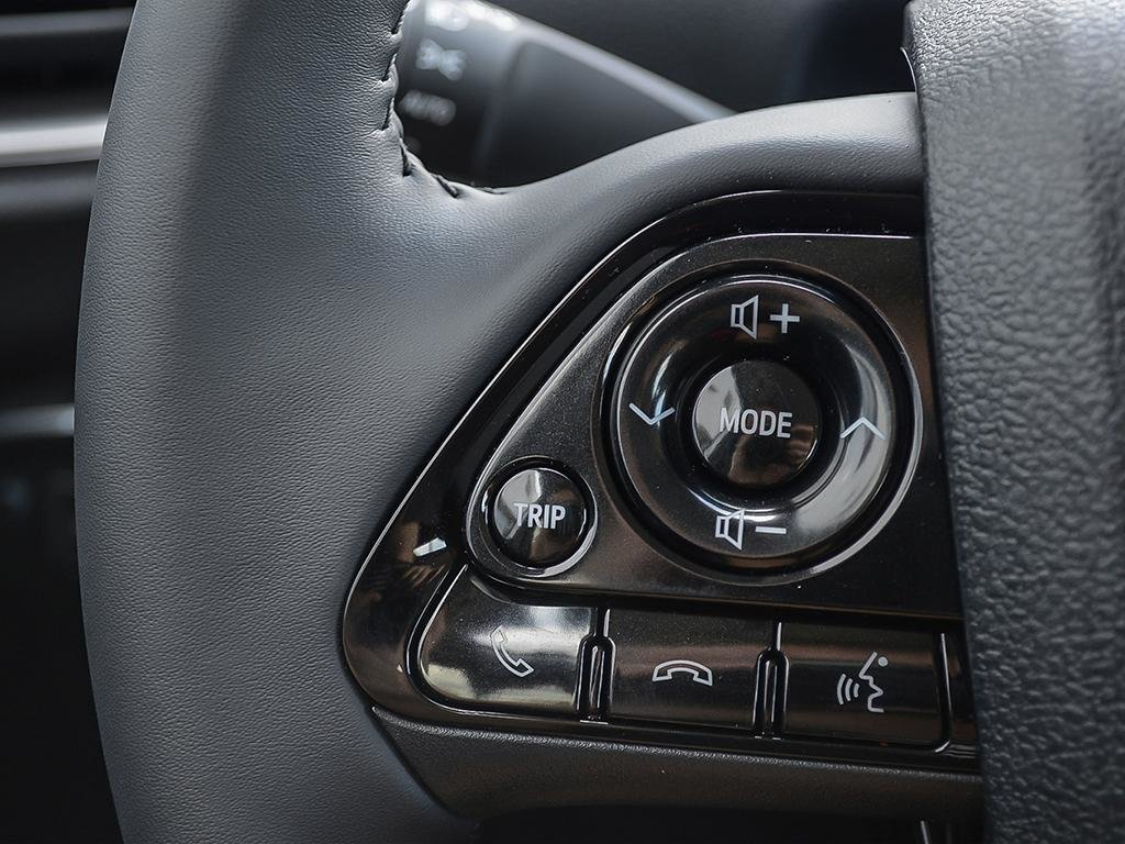 Toyota PRIUS PRIME ECVT 2020 à Verdun, Québec - 12 - w1024h768px