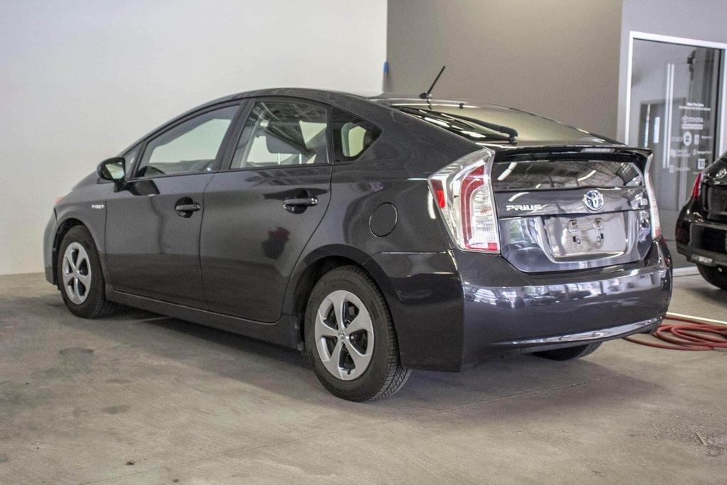 2014 Toyota Prius Hybride  Caméra Recul / Bluetooth / A/C in Verdun, Quebec - 5 - w1024h768px