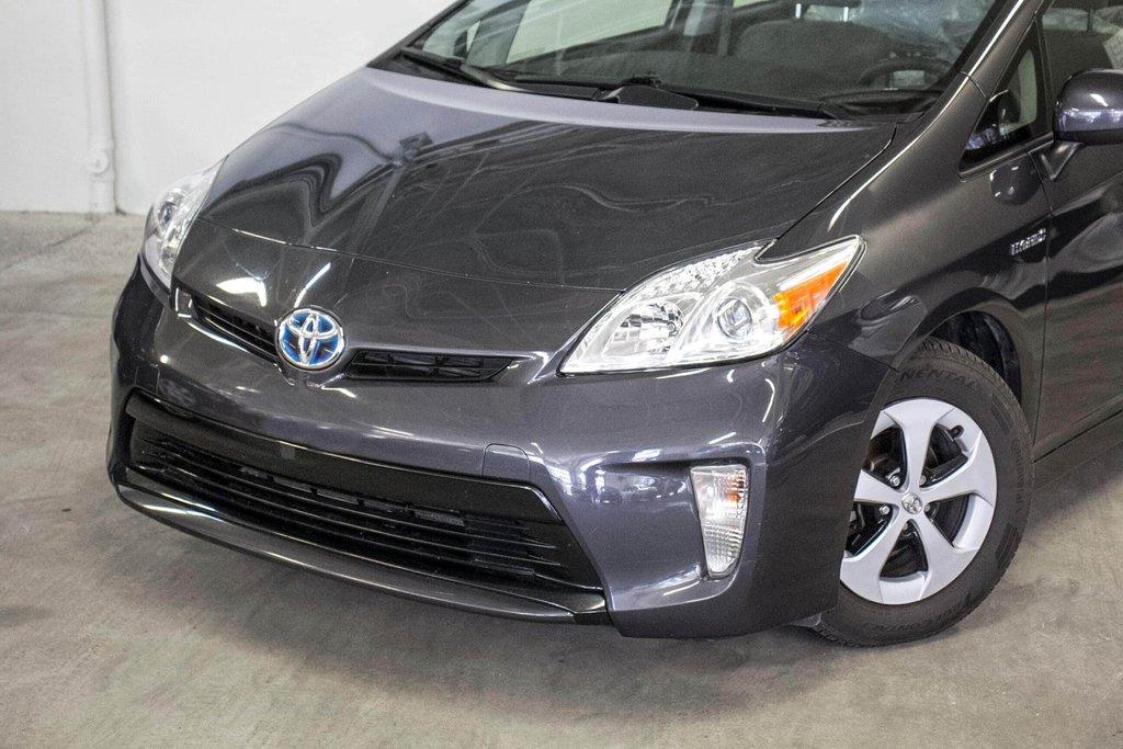 2014 Toyota Prius Hybride  Caméra Recul / Bluetooth / A/C in Verdun, Quebec - 32 - w1024h768px