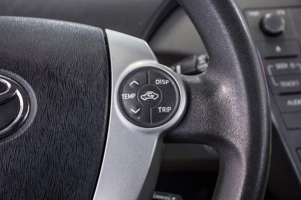 2014 Toyota Prius Hybride  Caméra Recul / Bluetooth / A/C in Verdun, Quebec - 18 - w1024h768px