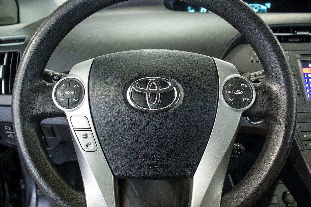 2014 Toyota Prius Hybride  Caméra Recul / Bluetooth / A/C in Verdun, Quebec - 17 - w1024h768px
