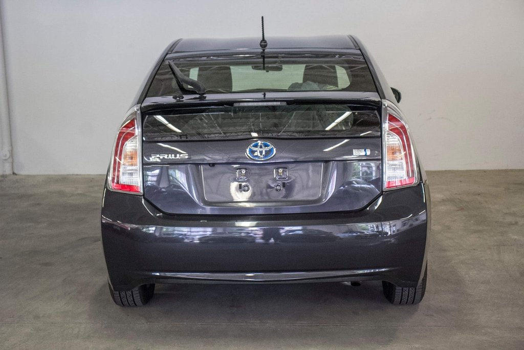 2014 Toyota Prius Hybride  Caméra Recul / Bluetooth / A/C in Verdun, Quebec - 7 - w1024h768px