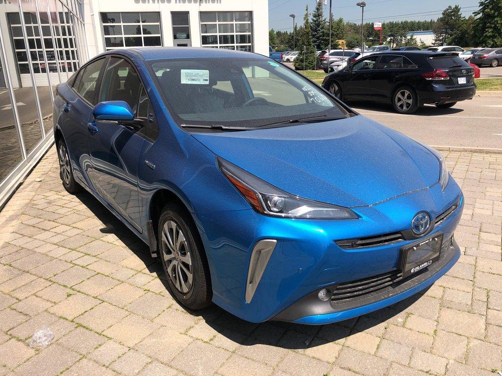 2019 Toyota Prius Technology in Bolton, Ontario - 3 - w1024h768px
