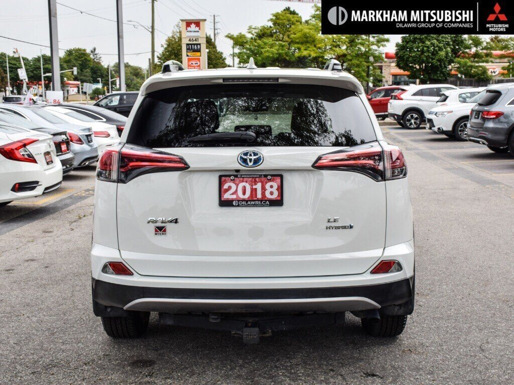 2018 Toyota RAV4 Hybrid LE+ in Markham, Ontario - 5 - w1024h768px