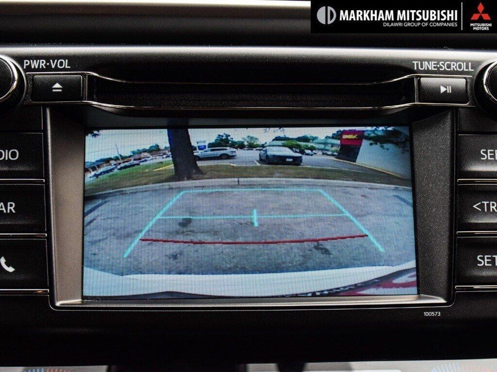 2018 Toyota RAV4 Hybrid LE+ in Markham, Ontario - 18 - w1024h768px