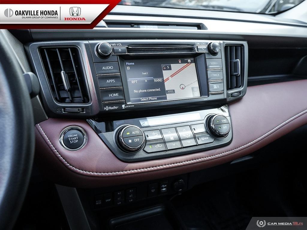 2014 Toyota RAV4 AWD Limited in Oakville, Ontario - 20 - w1024h768px