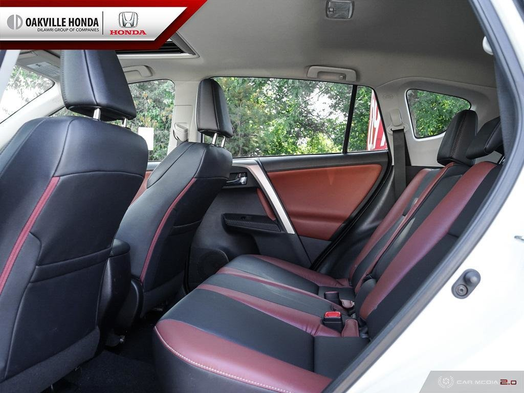 2014 Toyota RAV4 AWD Limited in Oakville, Ontario - 24 - w1024h768px