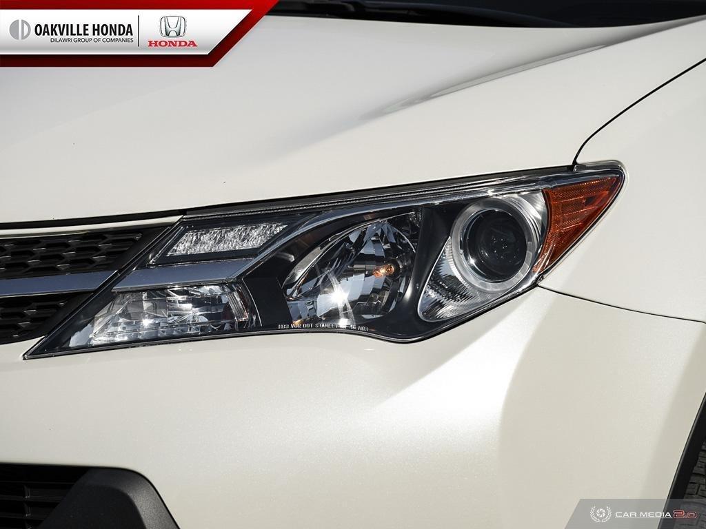 2014 Toyota RAV4 AWD Limited in Oakville, Ontario - 10 - w1024h768px