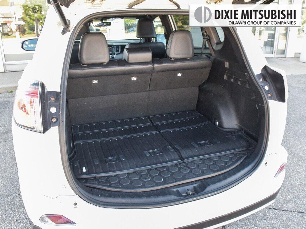 2016 Toyota RAV4 AWD SE in Mississauga, Ontario - 26 - w1024h768px