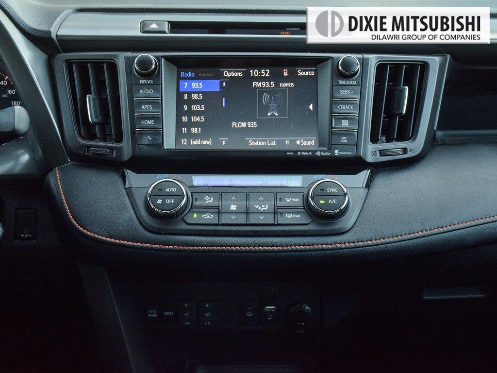 2016 Toyota RAV4 AWD SE in Mississauga, Ontario - 18 - w1024h768px
