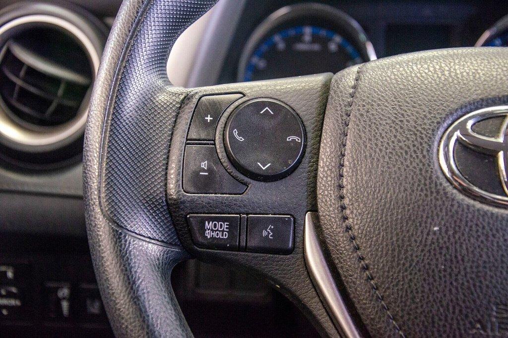 Toyota RAV4 LE / Bluetooth/Caméra/Banc chauffants/A/c et plus 2017 à Verdun, Québec - 20 - w1024h768px