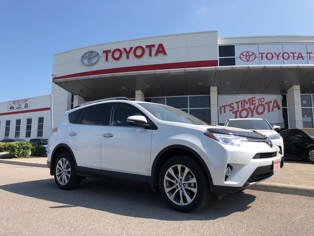 2018 Toyota RAV4 AWD Limited in Bolton, Ontario - 1 - w1024h768px