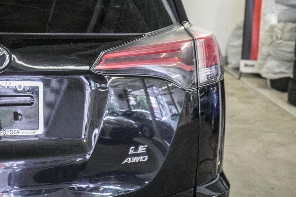 Toyota RAV4 LE/ AWD /Bluetooth / Caméra / Sièges Chauffants 2018 à Verdun, Québec - 38 - w1024h768px