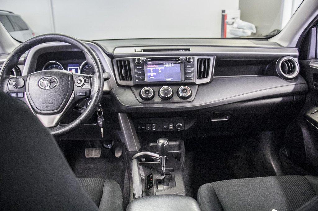 Toyota RAV4 LE/ AWD /Bluetooth / Caméra / Sièges Chauffants 2018 à Verdun, Québec - 31 - w1024h768px