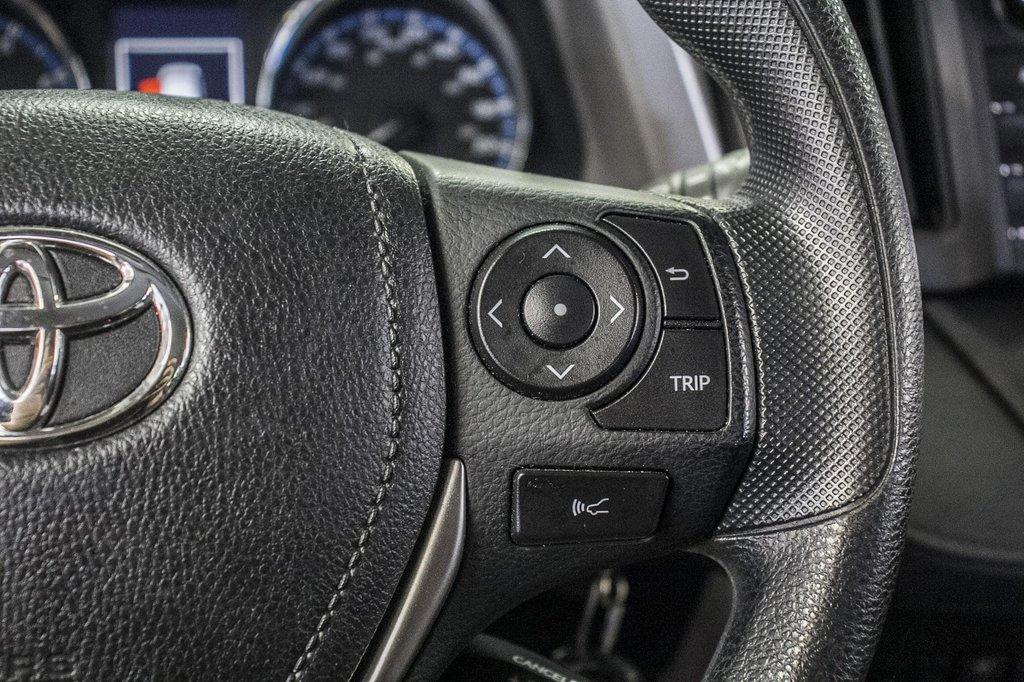 Toyota RAV4 LE/ AWD /Bluetooth / Caméra / Sièges Chauffants 2018 à Verdun, Québec - 21 - w1024h768px
