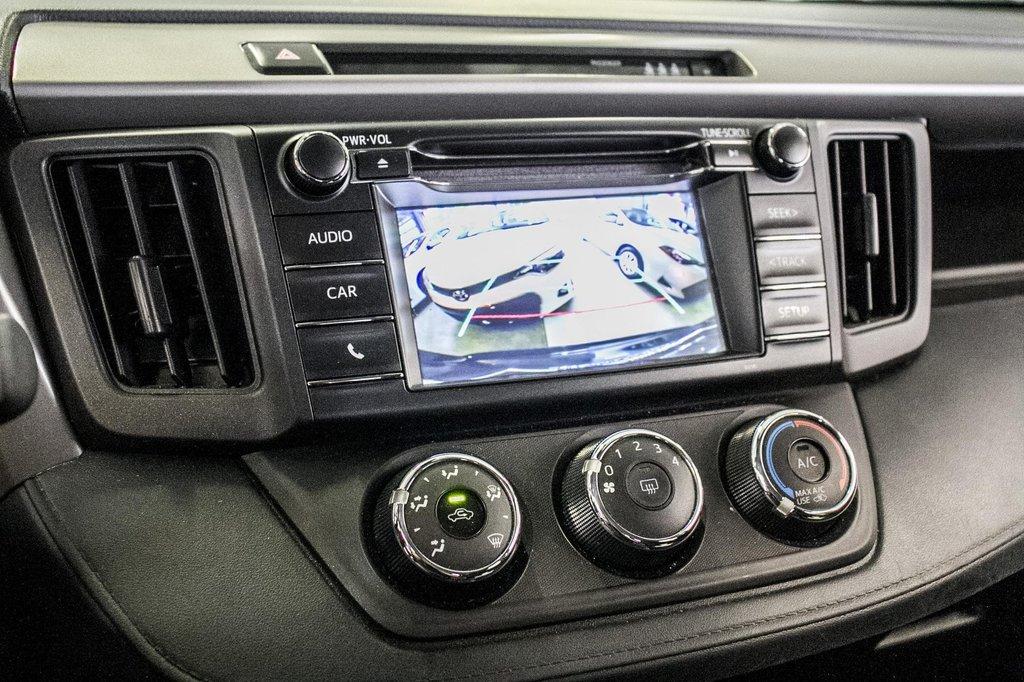 Toyota RAV4 LE/ AWD /Bluetooth / Caméra / Sièges Chauffants 2018 à Verdun, Québec - 24 - w1024h768px