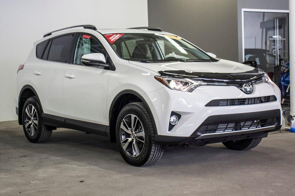 2018 Toyota RAV4 XLE/AWD/Toit ouvrant / Caméra / Bluetooth/ in Verdun, Quebec - 5 - w1024h768px