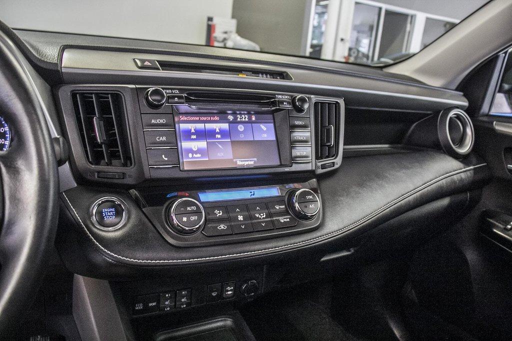 Toyota RAV4 XLE/AWD/Toit ouvrant / Caméra / Bluetooth/ 2018 à Verdun, Québec - 22 - w1024h768px