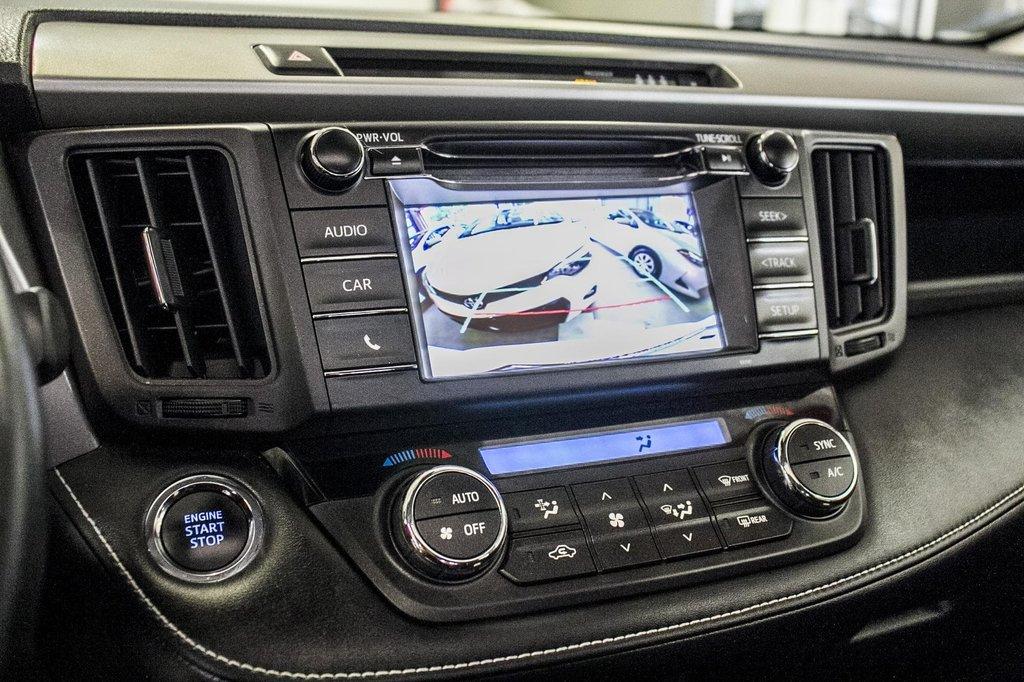 Toyota RAV4 XLE/AWD/Toit ouvrant / Caméra / Bluetooth/ 2018 à Verdun, Québec - 25 - w1024h768px