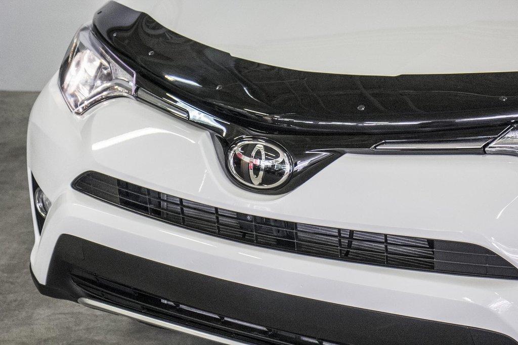 2018 Toyota RAV4 XLE/AWD/Toit ouvrant / Caméra / Bluetooth/ in Verdun, Quebec - 37 - w1024h768px