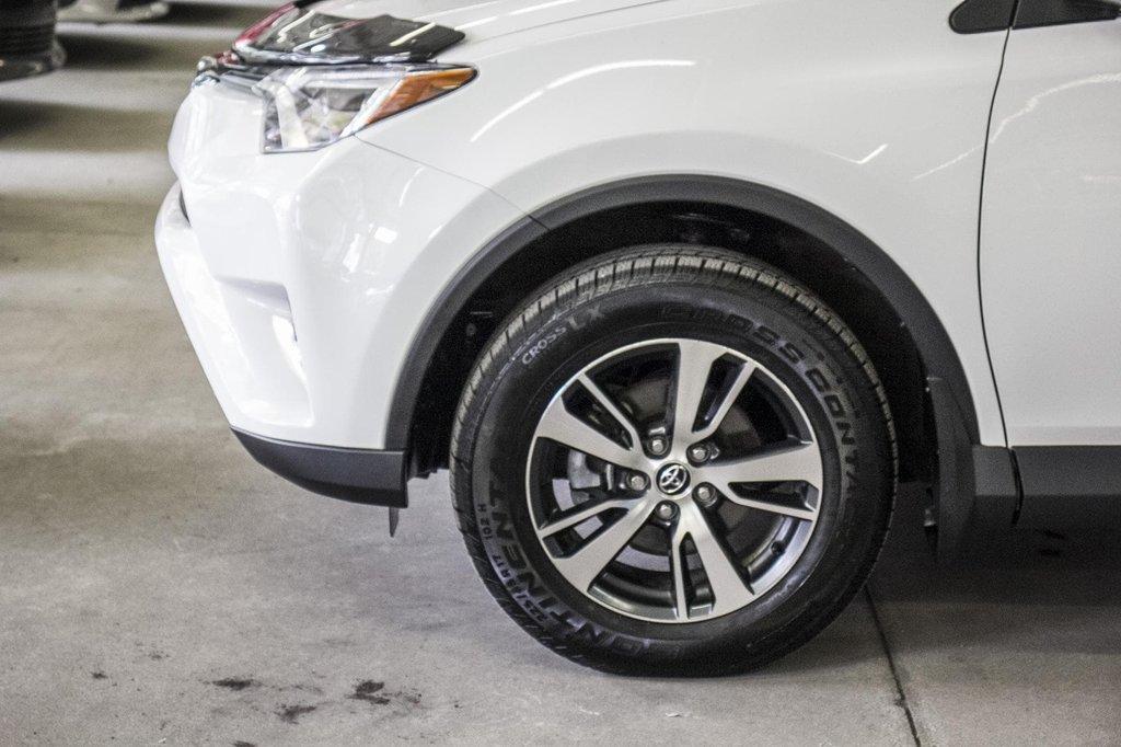 Toyota RAV4 XLE/AWD/Toit ouvrant / Caméra / Bluetooth/ 2018 à Verdun, Québec - 40 - w1024h768px