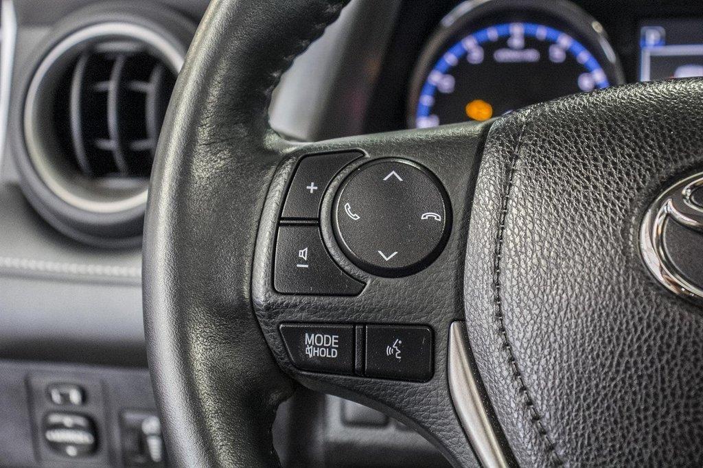 2018 Toyota RAV4 XLE/AWD/Toit ouvrant / Caméra / Bluetooth/ in Verdun, Quebec - 20 - w1024h768px