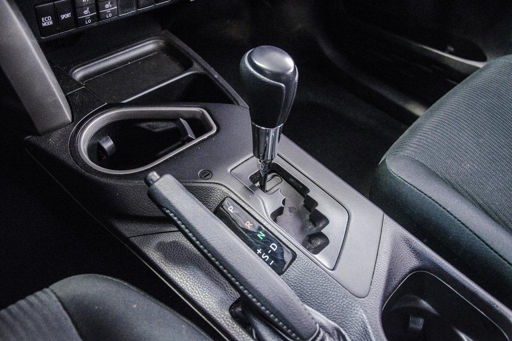 2018 Toyota RAV4 LE/ Awd / Bluetooth / Sièges chauffants ++ in Verdun, Quebec - 26 - w1024h768px