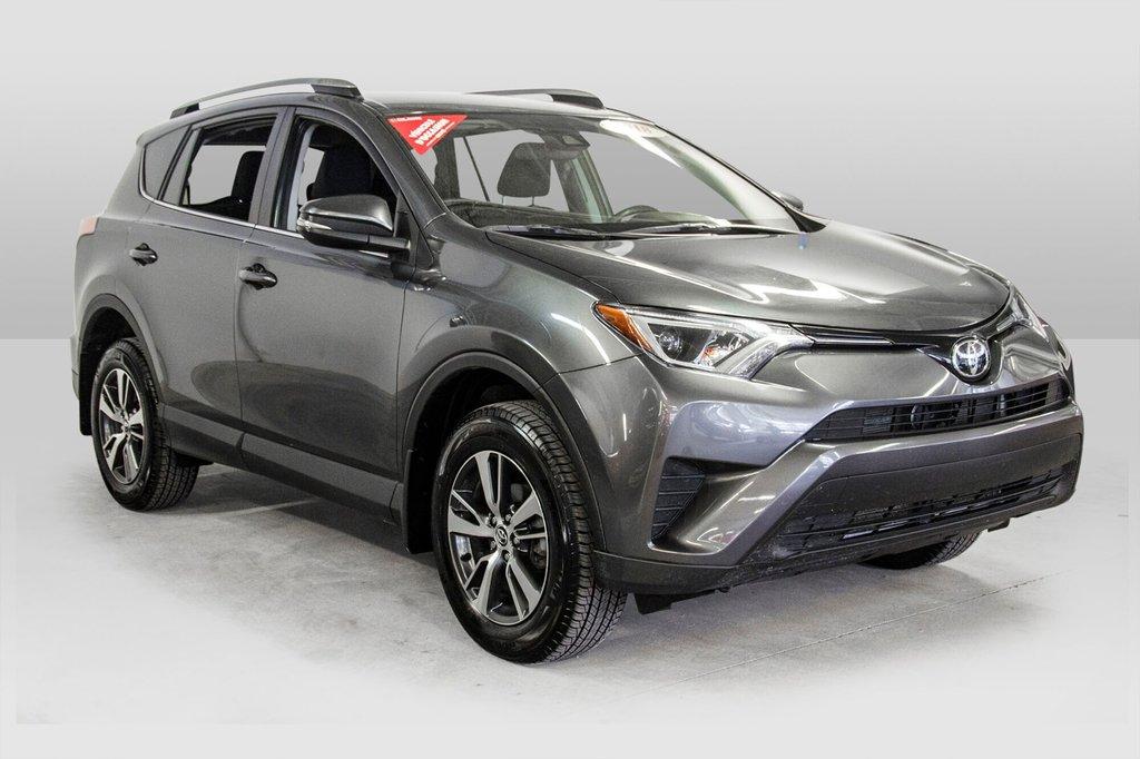 2018 Toyota RAV4 LE/ Awd / Bluetooth / Sièges chauffants ++ in Verdun, Quebec - 5 - w1024h768px