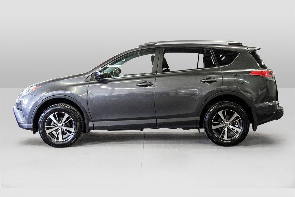 2018 Toyota RAV4 LE/ Awd / Bluetooth / Sièges chauffants ++ in Verdun, Quebec - 7 - w1024h768px