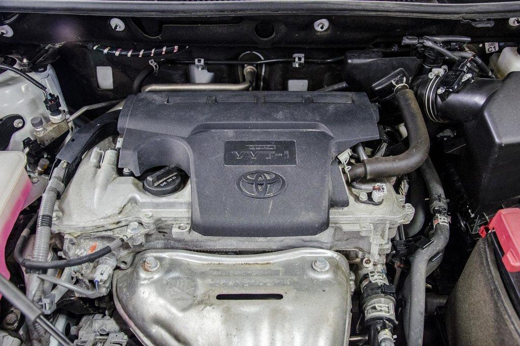 2018 Toyota RAV4 AWD / Caméra Recul / Mags / Bluetooth in Verdun, Quebec - 28 - w1024h768px