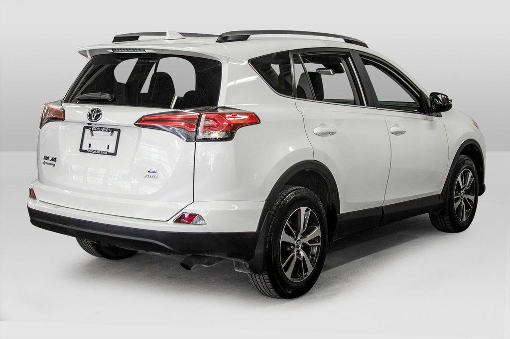 2018 Toyota RAV4 AWD / Caméra Recul / Mags / Bluetooth in Verdun, Quebec - 7 - w1024h768px
