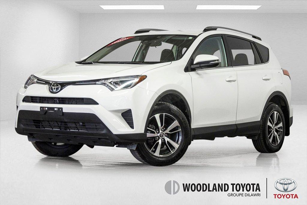 2018 Toyota RAV4 AWD / Caméra Recul / Mags / Bluetooth in Verdun, Quebec - 1 - w1024h768px