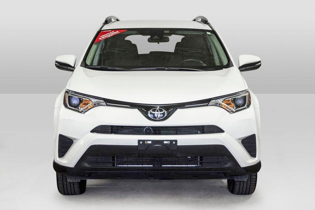 2018 Toyota RAV4 AWD / Caméra Recul / Mags / Bluetooth in Verdun, Quebec - 2 - w1024h768px